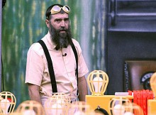 """Houseguest Donny competes in the """"Zingervention"""" Power of Veto competition, on BIG BROTHER, Wednesday, August 20 (8:00-9:00 PM, ET/PT) on the CBS Television Network. Photo: Sonja Flemming/CBS ©2014 CBS Broadcasting, Inc. All Rights Reserved"""