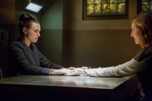 """Supergirl -- """"Luthors"""" -- Image SPG212a_0134 -- Pictured (L-R): Katie McGrath as Lena Luthor and Brenda Strong as Lillian Luthor -- Photo: Bettina Strauss/The CW -- © 2017 The CW Network, LLC. All Rights Reserved"""
