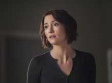 """Supergirl -- """"Alex"""" -- SPG219a_0075.jpg -- Pictured: Chyler Leigh as Alex Danvers -- Photo: Dean Buscher/The CW -- © 2017 The CW Network, LLC. All Rights Reserved"""
